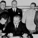 La firma del pacto de no agresión germano-soviético, 1939